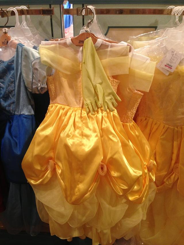 ベルの子供用ドレスが8600円→6000円になっています