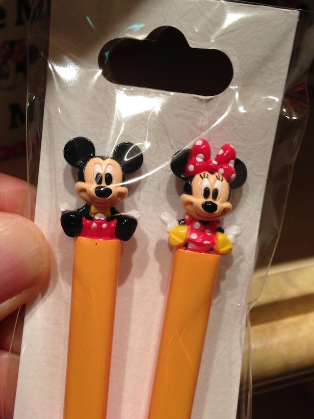 ミッキーとミニーちゃんの付いたお箸が1000円→600円になっています
