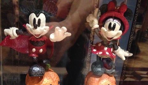アイドントバイト、アイドゥーマジックのミッキーとミニーちゃんのオブジェが2500円→1900円になっています
