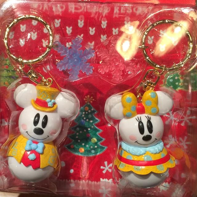 金色コスチュームのスノーマウス ミッキー&ミニーのペアキーチェーンストラップが1260円→900円になっています
