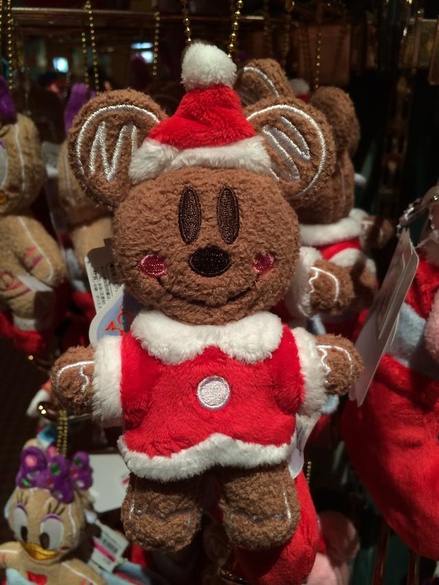 ジンジャーブレッドのミッキーやミニーちゃん、ドナルド、デイジーのぬいぐるみバッジが1200円→800円になっています