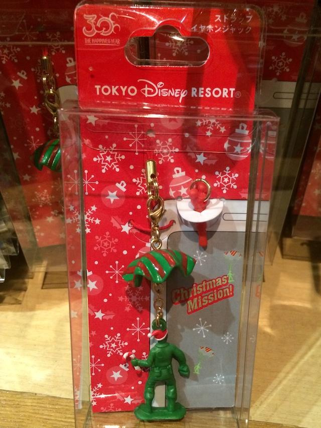 クリスマス2013トイ・ストーリー ストラップイヤホンジャックグリーンアーミーメンが800円→550円になっています