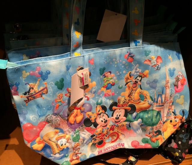 30周年トートバッグが2600円→1900円になっています