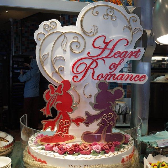 ホテルミラコスタ内にあるレストラン「オチェーアノ」のデザートは圧巻!